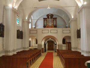 Loď kostela sv. Maří Magdaleny